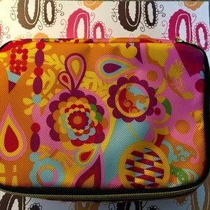 AMIKA TRAVEL BAG, zipped and includes fun samples